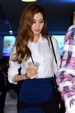 [포토] 태티서 서현, '커피 한 잔의 여유'