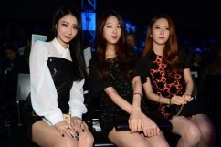 [포토] 경리-민하-혜미, '초미니 입고 아찔하게'