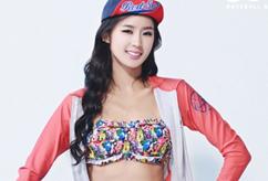 탄탄 복근 박기량, 비키니 수영복 주목