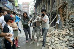 [네팔 대지진 현장] 사고현장에서 구출된 네팔인