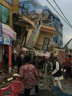 [네팔 대지진 현장] 무너진 집들