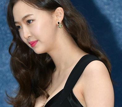 다솜, '숨겨왔던 글래머 몸매 공개'