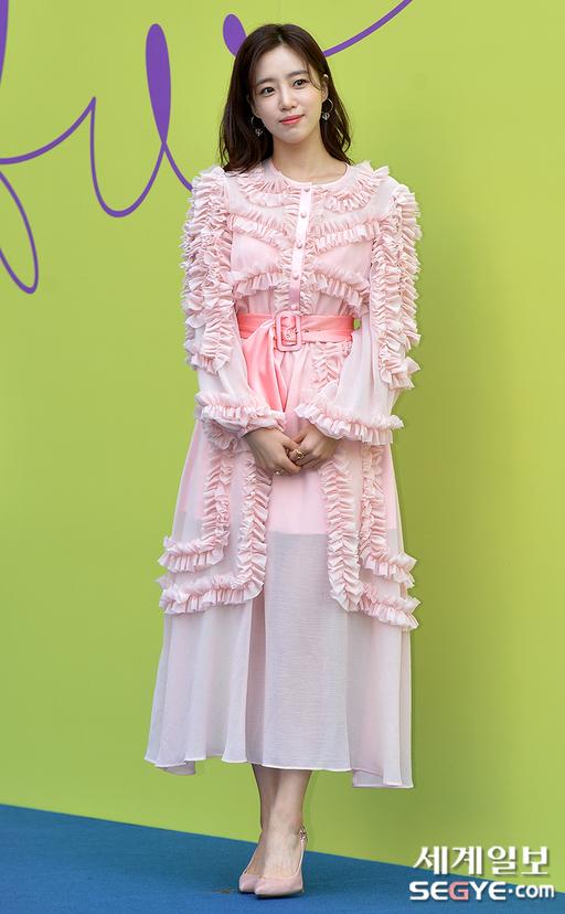 [포토] 함은정 '핑크 여신'