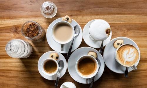 카페인에 대한 태아기 노출은 아동기 행동 장애의 위험을 증가시킵니다